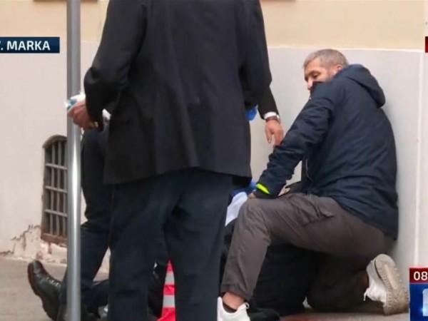 Неизвестен мъж откри тази сутрин стрелба пред сградата на правителството