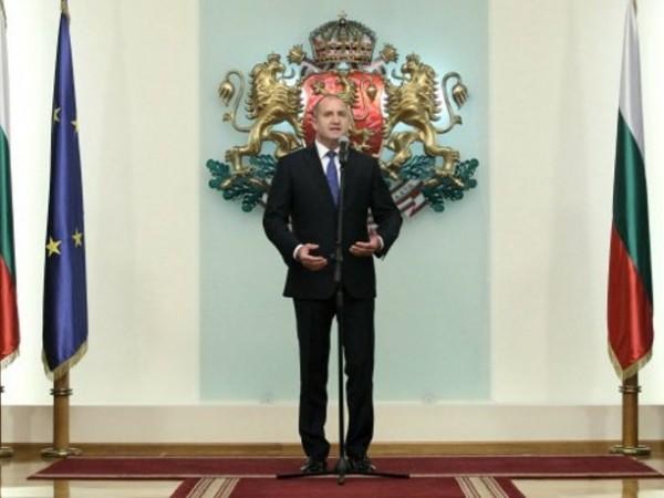Днес е Празникът на авиацията и българските военновъздушни сили, съобщава.