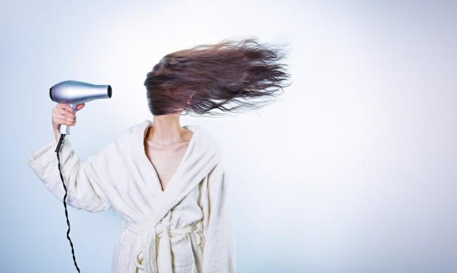 Сушене на косата - къде грешим най-често?
