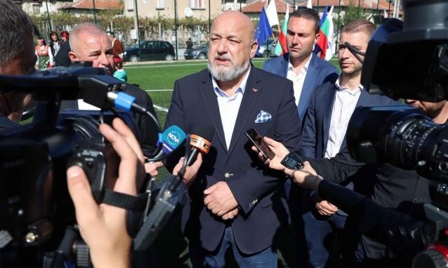 Кралев за евромачовете: РЗИ ще глобява, УЕФА ще наказва, ако се нарушат мерките