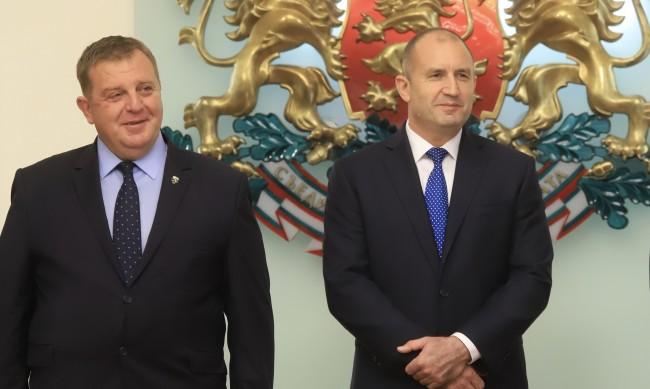И Каракачанов се изолира заради заразен с коронавирус генерал