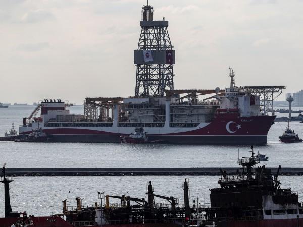 Турция обяви, че възнамерява да удължи престоя на проучвателния кораб