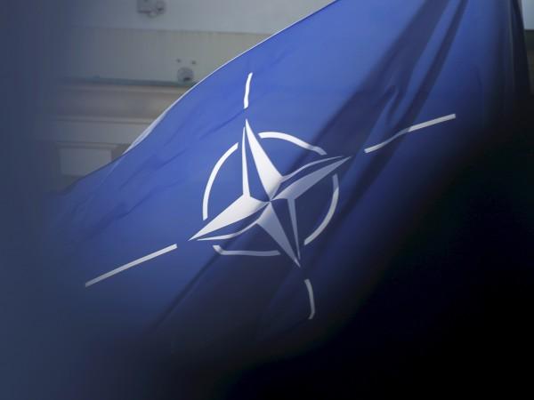 Очаква се министрите на отбраната на НАТО да постигнат споразумение
