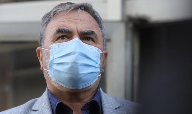 Доц. Кунчев с лош сценарий, заразените могат да стигнат и 6000 на ден