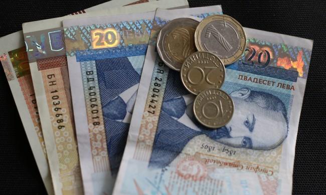 Средната пенсия скача с 18,6% през 2021 г., достига 488,97 лв.