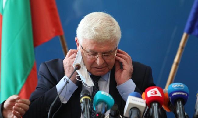 РЗИ отмени и карантината на Кирил Ананиев
