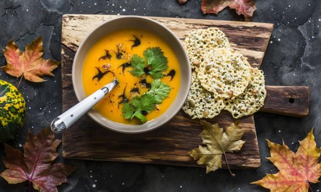 Рецептата Dnes: Крем супа с ябълка и тиква