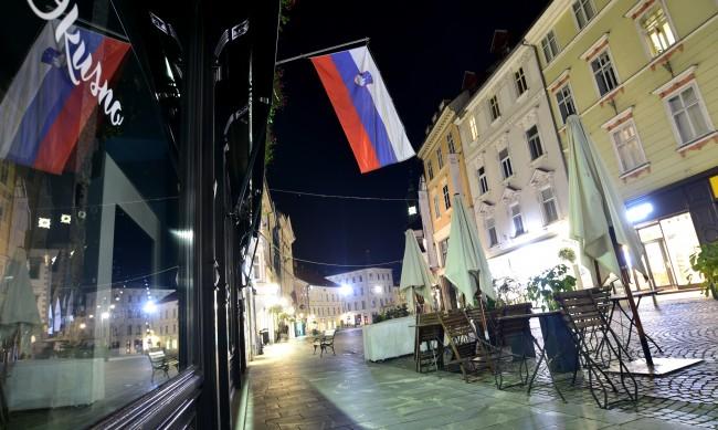 В Словения забраниха движението между общините заради COVID-19