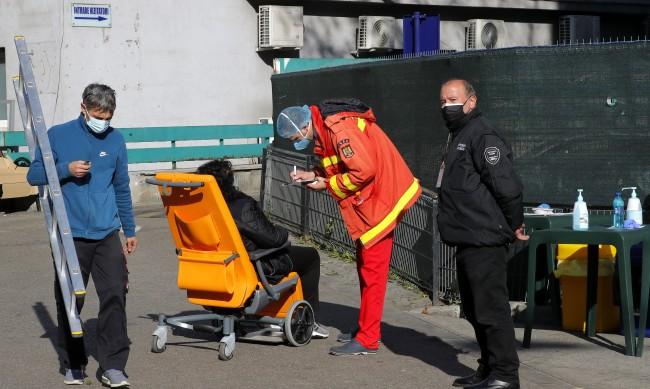 Черен рекорд и в Румъния: Над 100 починали с коронавирус за ден