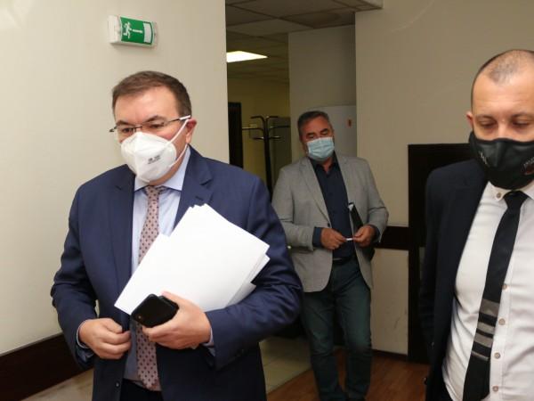 Нови противоепидемични мерки въвежда здравното министерство от 29 октомври, четвъртък.Считано
