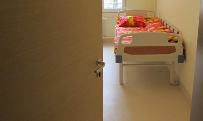Инфекциозната клиника в Плевен се напълни