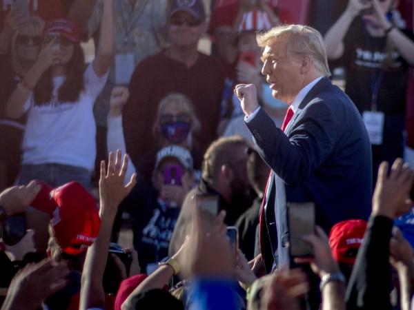 Президентът на САЩ Доналд Тръмп коментира двете нощи на сблъсъци