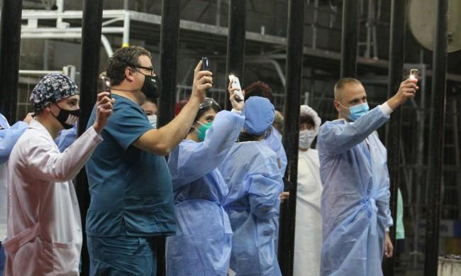 Липсата на медици продължава, няма и акушери