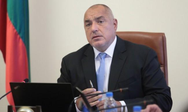 Борисов доволен от спада на нелегалните цигари