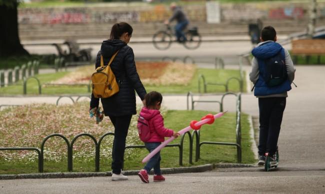 Грипът по-опасен за децата от коронавируса, защо?