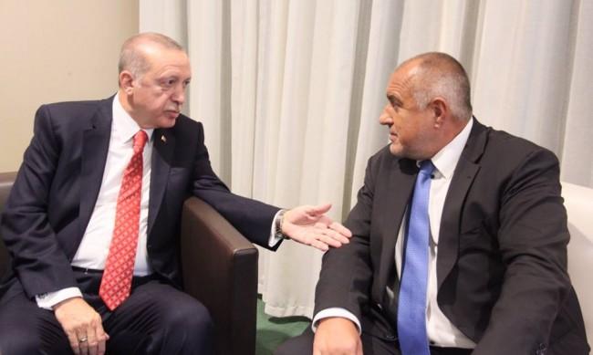 Борисов говори с Ердоган след труса: Като съседи сме длъжни да си помагаме!