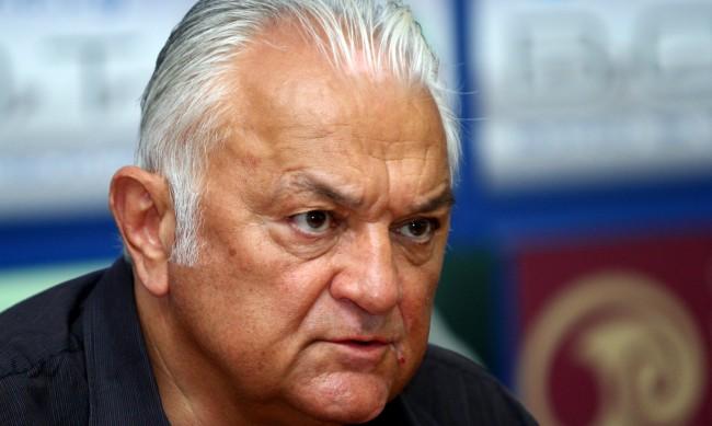 Сашо Диков: Бойко може да подаде оставка всеки момент