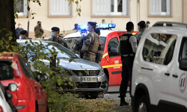Полицията във Франция задържа мъж за стрелбата в Лион
