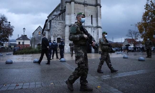 Нови арести във Франция след атаката в Ница