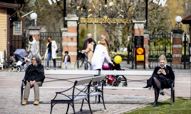 Спасена ли е шведската икономика след спорната стратегия срещу COVID-19?