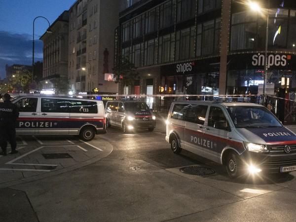 Извършителят на нападенията вчера във Виена е 20-годишен мъж, осъждан
