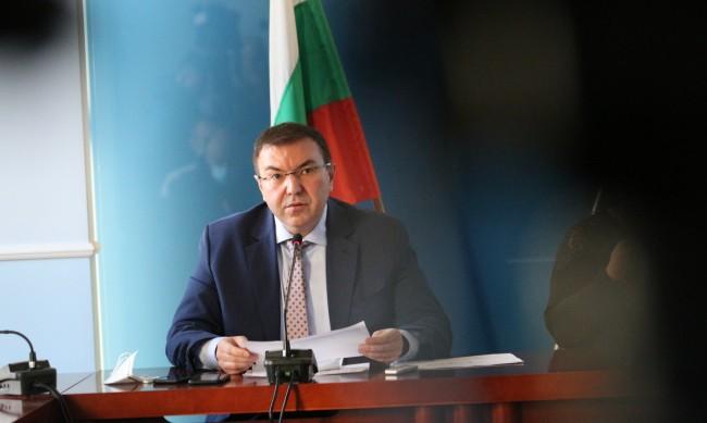 Костадин Ангелов: Ситуацията с COVID-19 в държавата овладяна