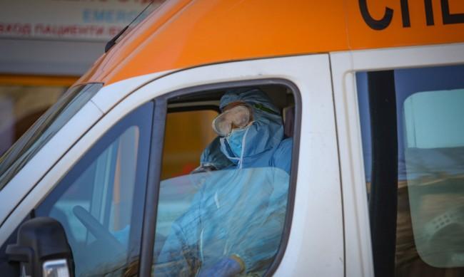 Медик: Рано или късно всеки ще се срещне с инфекцията