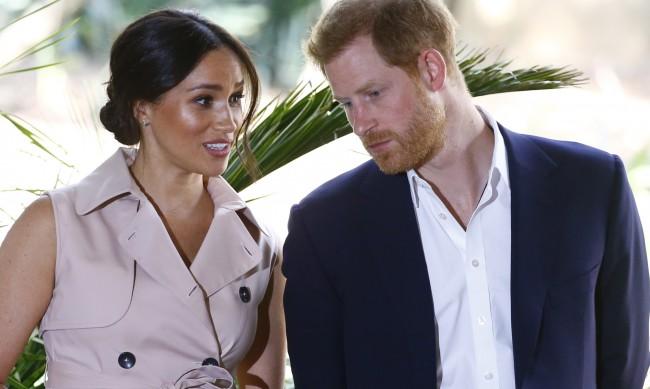 Меган и Хари няма да са при кралското семейство за Коледа