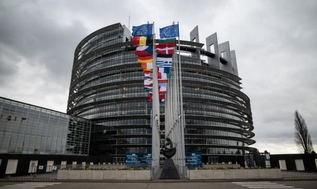 ЕП с критика срещу системата за ипотечни кредити в България