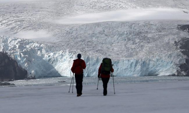 Заради COVID: Отлагат експедицията към Антарктида