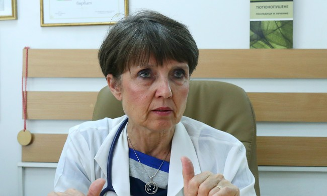 Д-р Ангелова: Какво да правим при съмнение, че сме заразени с коронавирус?