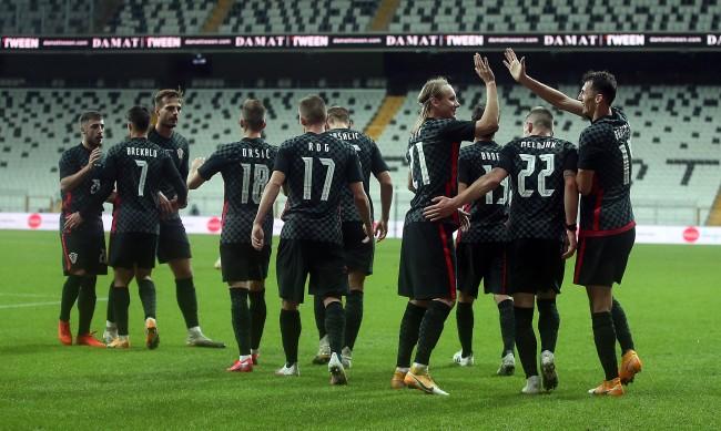 Хърватски футболист играл с COVID-19 в Истанбул