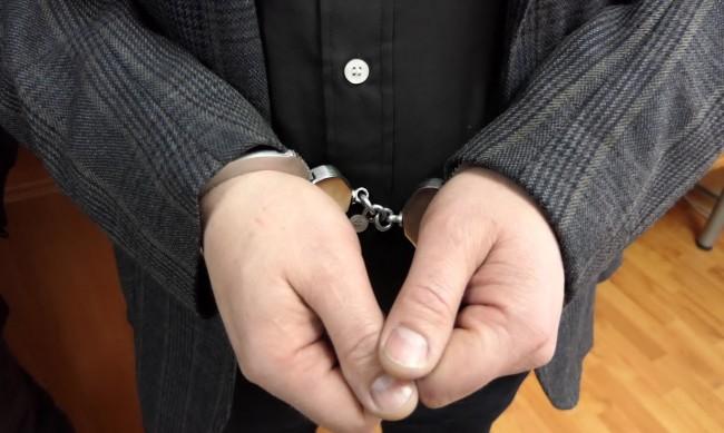 Мъж ще лежи 2 г. в затвора за кражба на кола