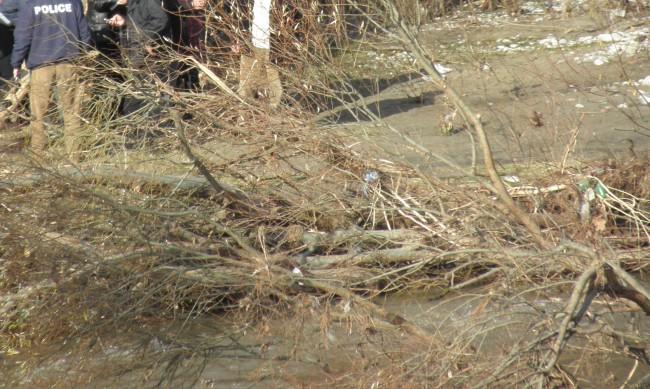 Откриха тялото на издирван мъж от Павликени в река Росица