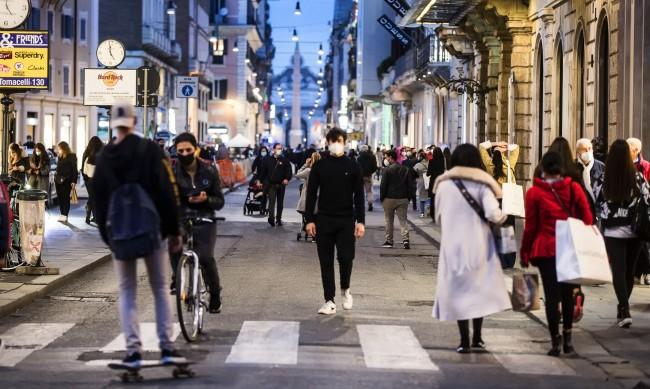Италия с почти 41 хиляди новозаразени с коронавирус
