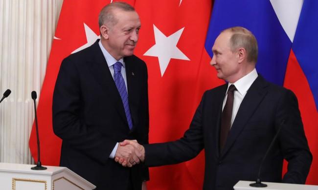Путин и Ердоган: Първо воюват помежду си, а после си поделят цели държави