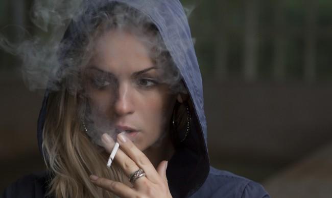 16-годишните българи първенци по пушене и пиене в Европа