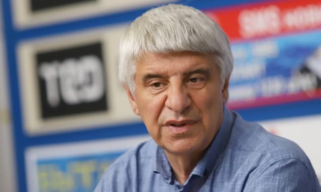 Проф. Павлов: В Скопие да кажат на народа си истината за миналото му