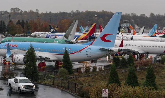 Boeing 737 Max се връща във въздуха, но безопасен ли е?