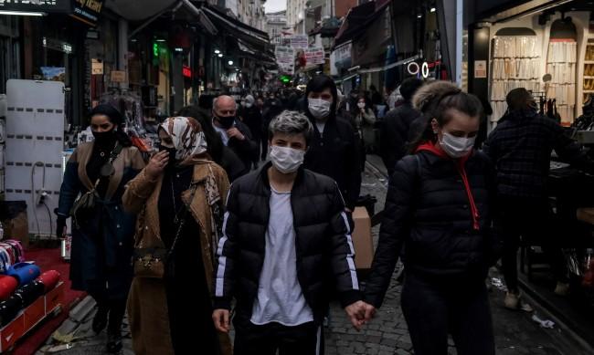 В Турция строг комендатски час за всички за 3 дни