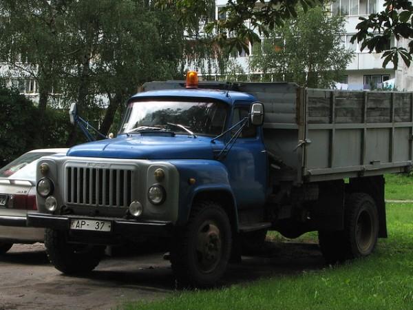 Не е тайна, че голяма част от съветската автомобилна индустрия