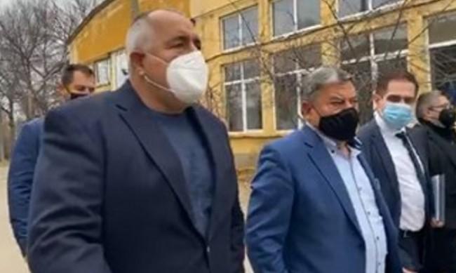 Борисов: Тази пандемия просто ни съсипа!