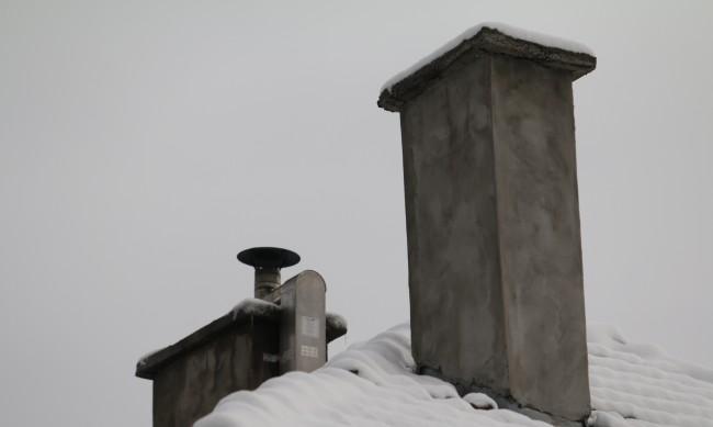 Всеки пети пожар през зимата тръгва от непочистен комин