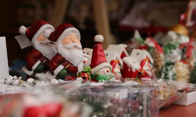 Коледен базар ще радва русенци от днес