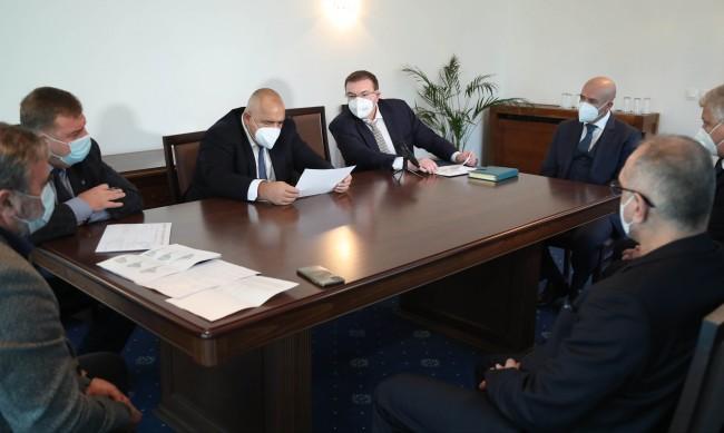 Борисов: С нито една мярка не трябва да се прекалява!
