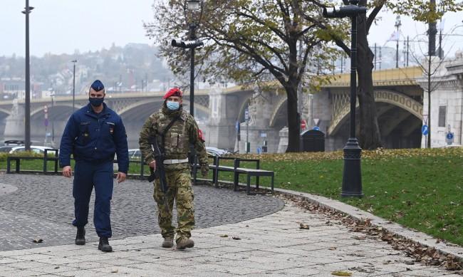 Унгария ще тества руската ваксина срещу COVID-19