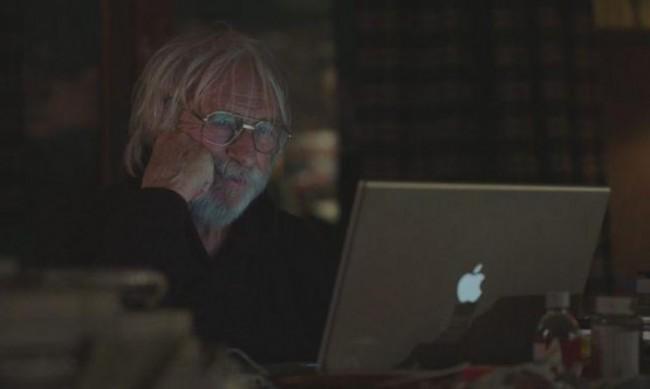 """Нащрек, защото """"Мистър Щайн е онлайн"""""""