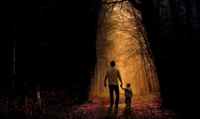 Зловещи факти: Всяка година поне петима родители погубват децата си