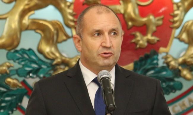 Радев върна на депутатите промяна в Закона за ДДС