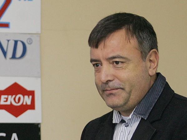 """Издателят на """"Мениджър"""" Васил Мирчев е починал от коронавирус, съобщиха"""
